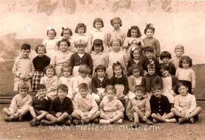 photo-classe-ecole-bielle-1952